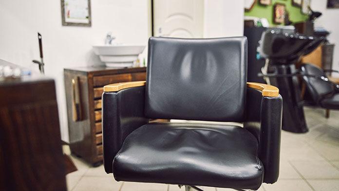 Czy istnieje uniwersalny fotel fryzjerski