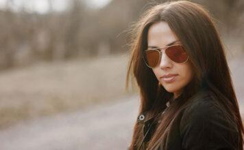 5 modnych modeli okularów zerówek dla niej i dla niego